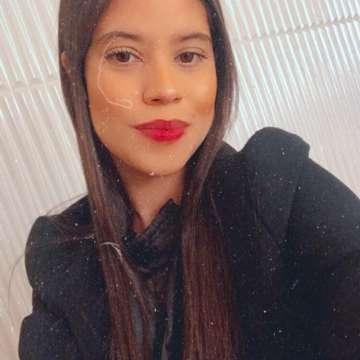 Nathalia Araujo