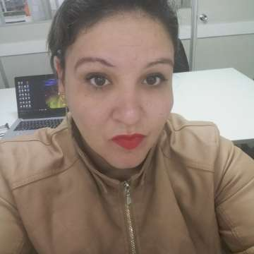 Danisa Pereira Machado Andrade Oliveira