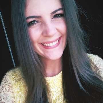 Nathália Pineto Queiroz