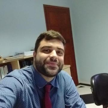 Victor dos Santos Moreira de Araujo